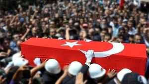 Barış Pınarı Harekatı bölgesinden acı haber: Bombalı araç saldırısında 4 askerimiz şehit oldu!