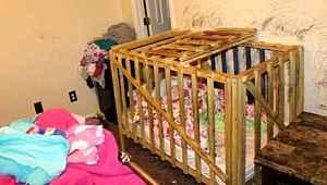 Canavar aile, 4 çocuğu kafese kilitleyip yıllarca işkence etti