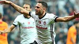 Cazip teklifleri elinin tersiyle itti... Beşiktaş'ı istiyor