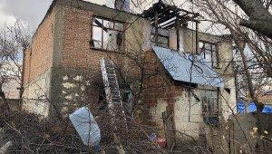 Cezaevine görüşe giden ailenin evinde şüpheli yangın