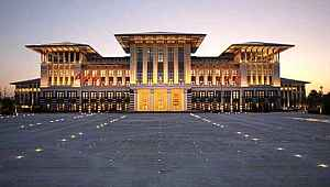 CHP'li isim, Külliye'deki kongre salonunun kiralandığını iddia etti