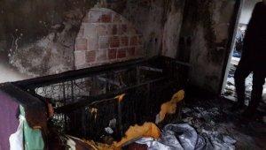 Çıkan yangında 2 çocuğu ve eşini kurtaran kahraman baba