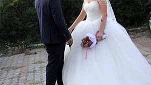 Düğünde halay çekerken kanlar içinde kalan damat, ölümle burun buruna