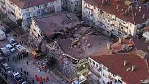 Elazığ depreminde kaç kişi öldü? Kaç kişi kurtarıldı! hayatını kaybeden ve kurtarma çalışmalarıyla ilgili son durum!