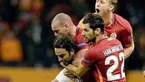 Eski Galatasaraylı futbolcu, çocuklarıyla birlikte Kutsal Topraklar'a gitti