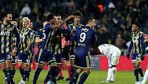 Fenerbahçe, Kayserispor'u 2-0 yendi