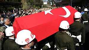 Hakkari'de eğitim kazası... 2 asker şehit, 2 asker yaralı