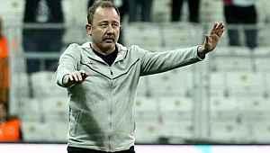 Herkes Sergen Yalçın'ı beklerken, Beşiktaş'ta düşünülen ilk isim başkası oldu