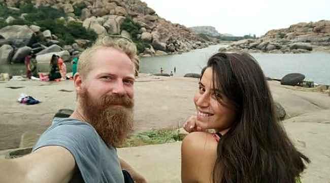Hindistan'da Türk kadını ve eşi dehşeti yaşadı... Zor kurtuldular