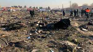 İran'da düşen yolcu uçağı kaza sırasında havalimanına geri dönmeye çalışmış