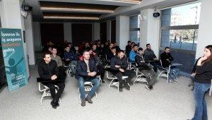 İş arayanlarla işverenler belediyede buluşuyor - Bursa Haberleri