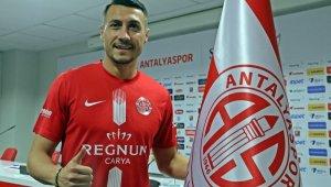 Jahovic resmen Antalyaspor'da