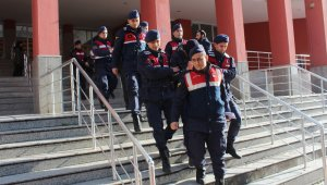 Kocaeli'deki DEAŞ operasyonunda yakalanan 3 kişi tutuklandı