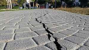 Marmara Denizi'nde meydana gelen 4.7'lik depremden sonra uzmanlardan ürküten uyarı: Normal değil