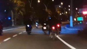 Motosikletli gençlerin ölüm yolculuğu yürekleri ağızlara getirdi