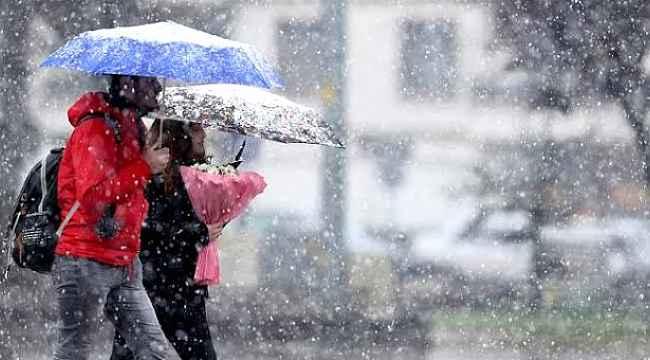 O illerde yaşayanlar dikkat! Meteoroloji'den 4 il için yoğun kar yağışı uyarısı