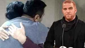 Şarkıcı Gökhan, birbirine sarılan öğretmenlere verilen cezaya tepki gösterdi