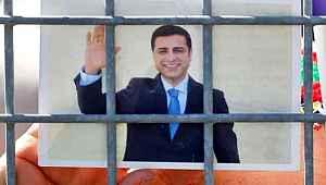 Selahattin Demirtaş, HDP Eş Genel Başkanlığı'na kapıları kapattı