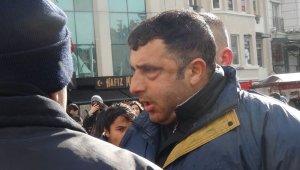 Taksim'de ortalığı bir birine katan turiste vatandaşlardan meydan dayağı