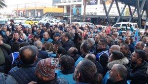 Türk Metal Sendikası'ndan MESS'e siyah çelenk - Bursa Haberleri