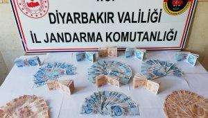 Üzerinde sahte 50 bin 550 lira ile yakalandı