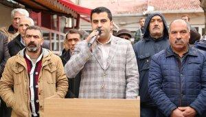 Vatandaşlar tarafından ıslıklanan CHP'li belediye başkanına partisi de tepki gösterdi