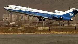 Yolcu uçağı, Taliban kontrolündeki bölgede düştü