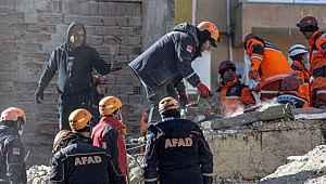 Yürek yakan acı haberler gelmeye devam ediyor! Ölü ve yaralı sayısı yükseliyor!