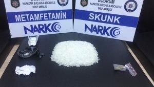 1 liralık cips poşetinden 35 bin liralık uyuşturucu çıktı