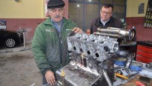 42 sene önce LPG'yi ilk kez otomobilde denemişti şimdide motor tasarladı