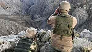 5 terörist daha güvenlik güçlerine teslim oldu