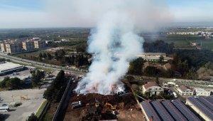 Adana'daki fabrika yangını 32 saattir sürüyor