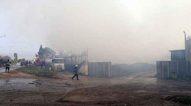 Adana'daki fabrika yangını 3'üncü gününde sürüyor