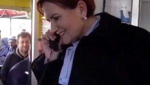 Akşener, taksi durağında müşteri telefonuna çıktı - Bursa Haberleri