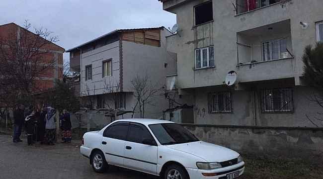 Alevlerin arasında iki çocuğu ile birlikte mahsur kaldı - Bursa Haberleri