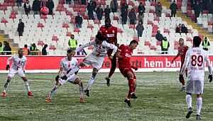 Antalyaspor, Sivasspor'u kupada saf dışı bıraktı
