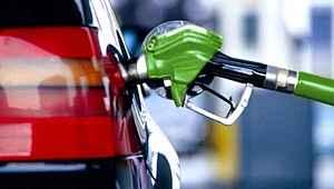 Araç sahiplerine kötü haber... Benzine büyük zam geliyor