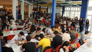 'Askıda Yemek' ile bir ayda 1500 öğrenci yemek yedi