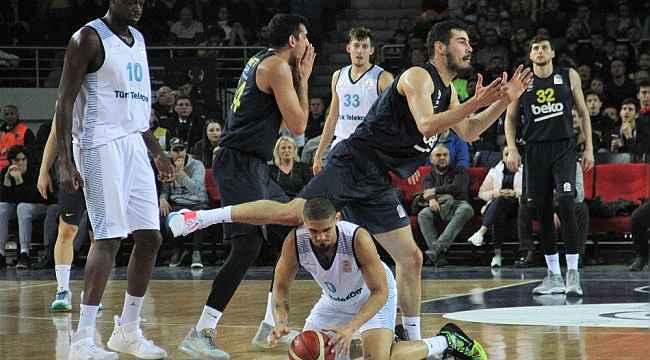 Basketbol Türkiye Kupası: Türk Telekom : 81 - Fenerbahçe Beko : 83