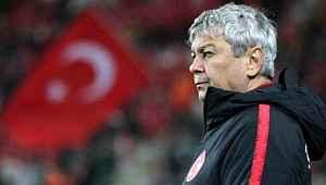 Beşiktaş, Lucescu kararından vazgeçti