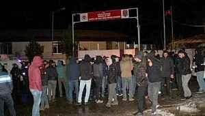 Bingöl'de cezaevinde mahkumlar isyanda