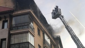 Bipolar rahatsızlığı olan adam evini ateşe verdi
