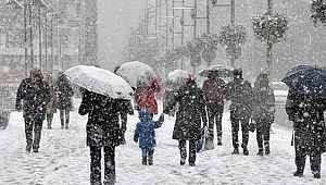 Dikkat! Meteoroloji'den 3 bölge için yoğun kar yağışı uyarısı!