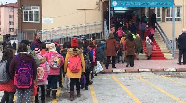 Elazığ'da 3 hafta aranın ardından ders zili çaldı