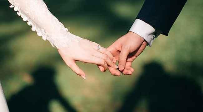 Eşine yalan söyleyen şimdi yandı... Boşanma sebebi sayıldı