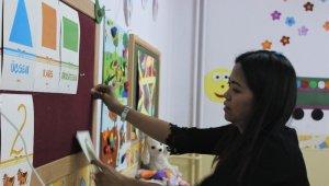 Filipinler'den gelin geldi, dağ ilçesinde gönüllü İngilizce öğretiyor - Bursa Haberleri