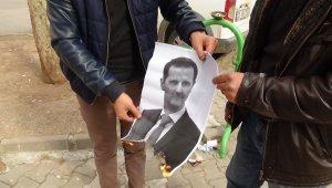 HDP önünde evlat nöbeti tutan aileler Esad'ın fotoğrafını ateşe verdi