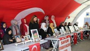 HDP önündeki ailelerin evlat nöbeti 176'ncı gününde