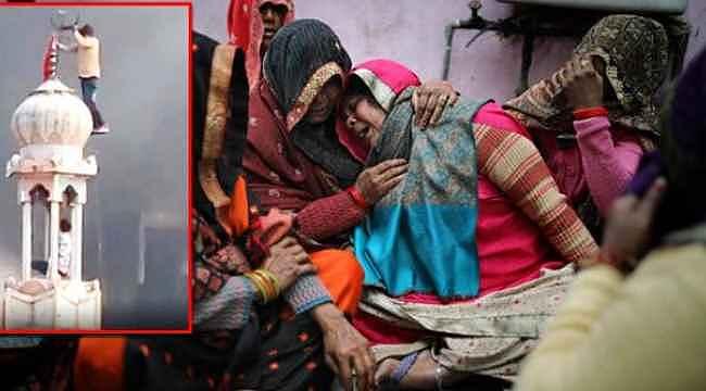 Hindistan'da putperestlerin İslam düşmanlığı... Minaredeki hilali söküp bayrak astılar