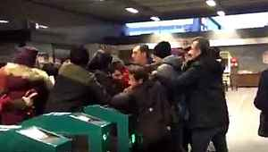 İBB'nin ulaşım zammı protesto edildi, Polis müdahale etti